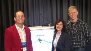 """Dr Janette Minnaar (middle) with Prof Willie Visser, Head: Dermatology, Stellenbosch University (left) and Dr Pieter du Plessis, President of the SA Society of Dermatological Surgery (right) - at the Dermatology 2016 Congress in Cape Town on 11 - 14 August 2016. Dr Minnaar presented on the topic: """"Respect: Give it, get it"""" - a case study."""